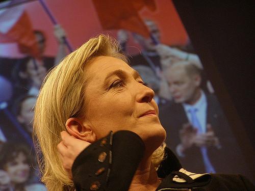 Марин Ле Пен выступила за отмену бесплатного образования для иностранцев